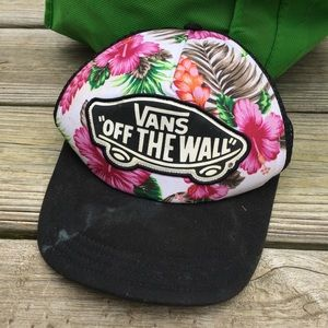 Vans Trucker Hat Tropical Flowers Black